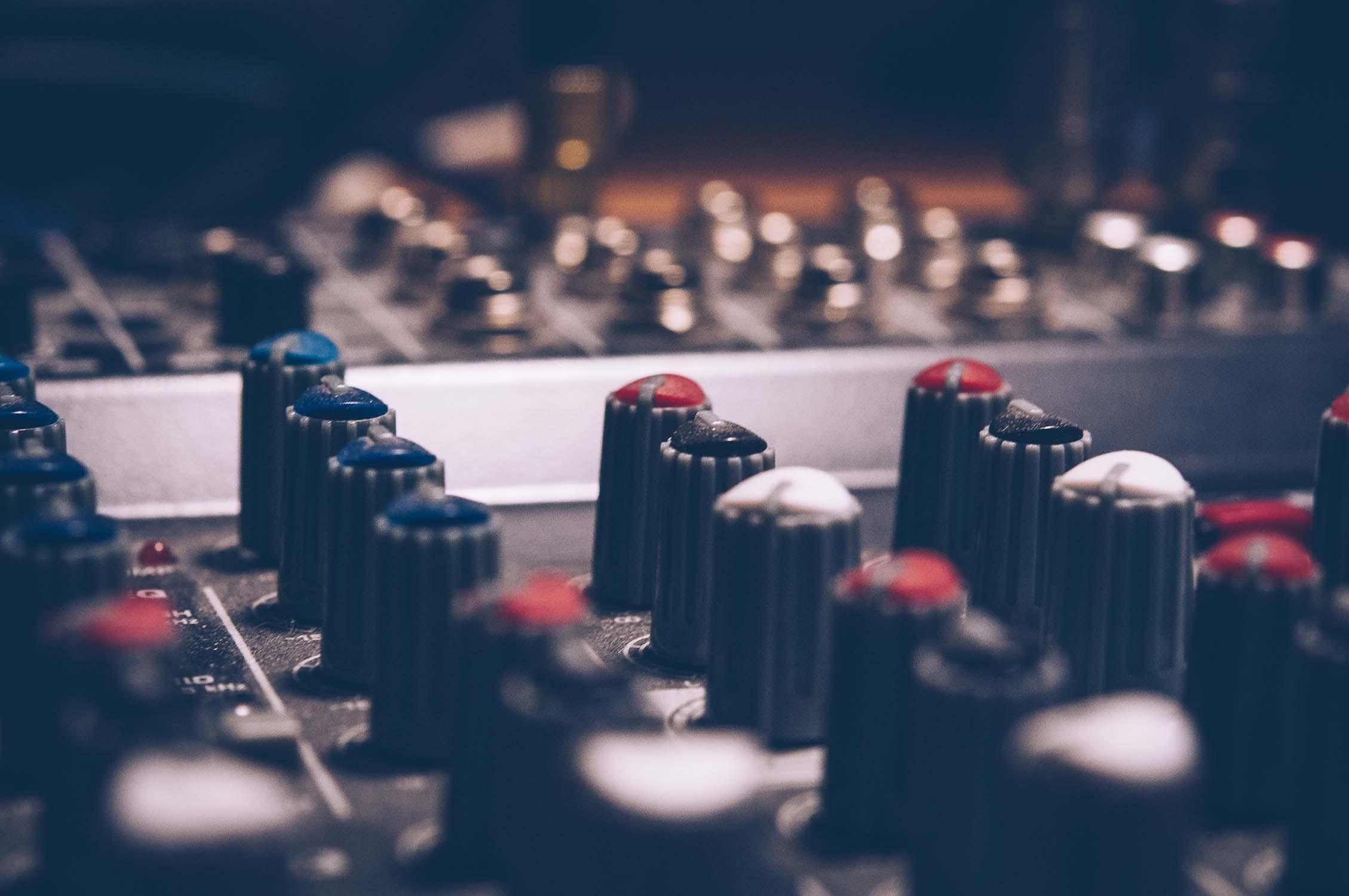 Jak wybrać studio post produkcyjne